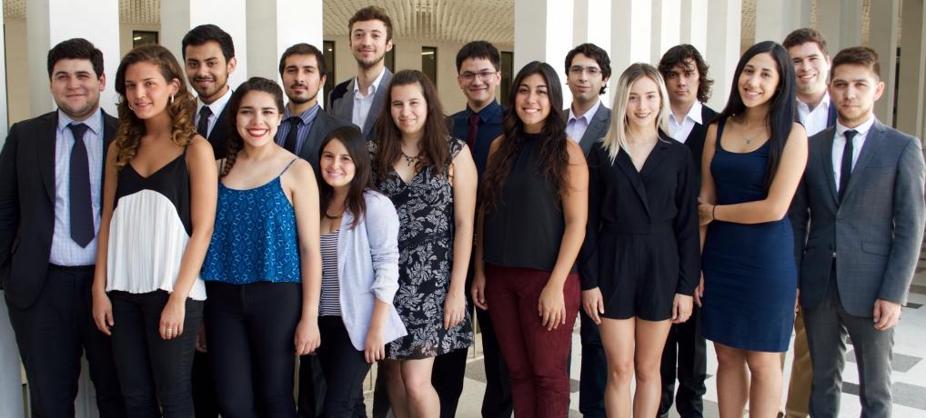 Equipo de la Academia de Derecho y Consumo 2016
